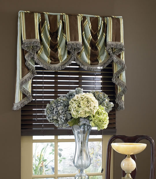 Chantilly Board Mounted Valance BuyHomeBlindscom